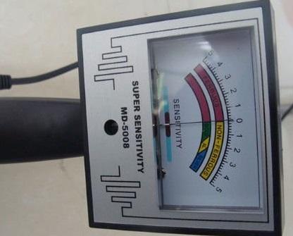 Китайский металлоискатель Md-5008  дисплей